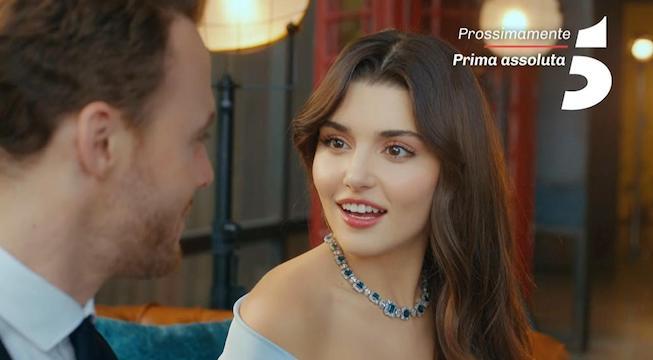 Chi è Hande Ercel, Eda in Love is in the Air? Eta, vita privata, fidanzato, film e serie tv e Instagram